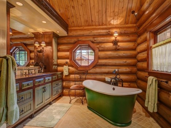 and-a-master-bathroom-with-an-antique-soaking-tub