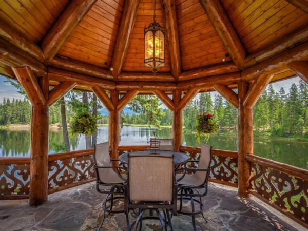 on-warmer-days-dine-outside-in-the-raised-gazebo-and-gaze-out-on-the-lake