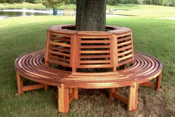 Circular-redwood-tree-bench-from-Forever-Redwood
