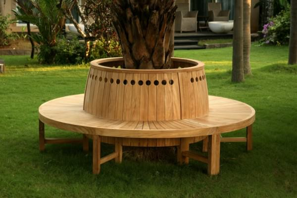 Circular-tree-bench-with-circular-cutouts