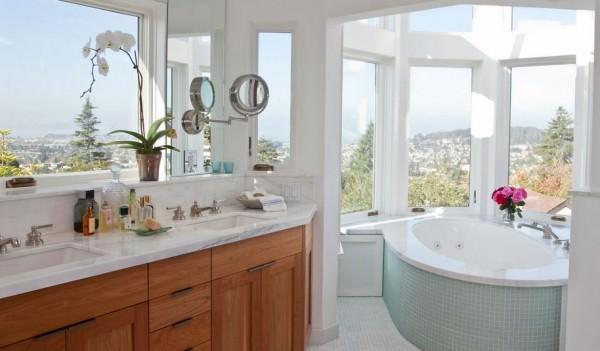 corner-bathtub-with-a-view