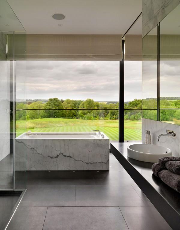marble-bathtub-landscape-views