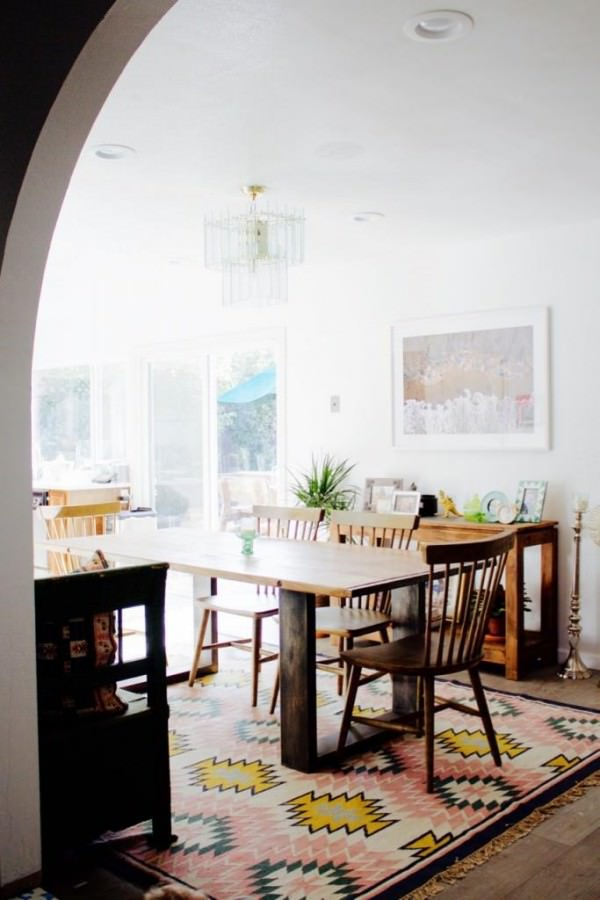 Dining-room-of-Ramshackle-Glam-blogger-Jordan-Reid