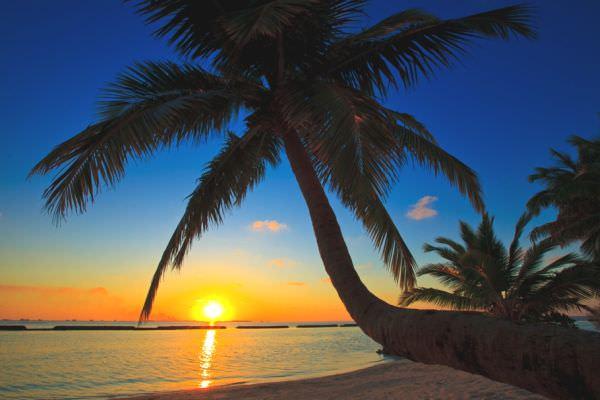 Luxury-Kurumba-Maldives1