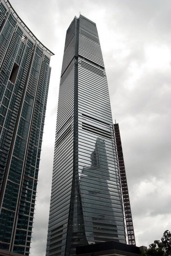 Ritz-Carlton-ICC-Hong-Kong-2