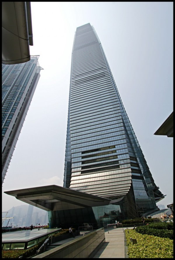 Ritz-Carlton-ICC-Hong-Kong-3