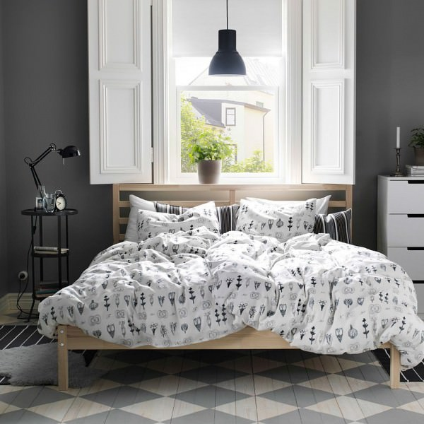 SISSELA-Duvet-cover-adds-contemporary-playfulness-to-the-bedroom-in-gray