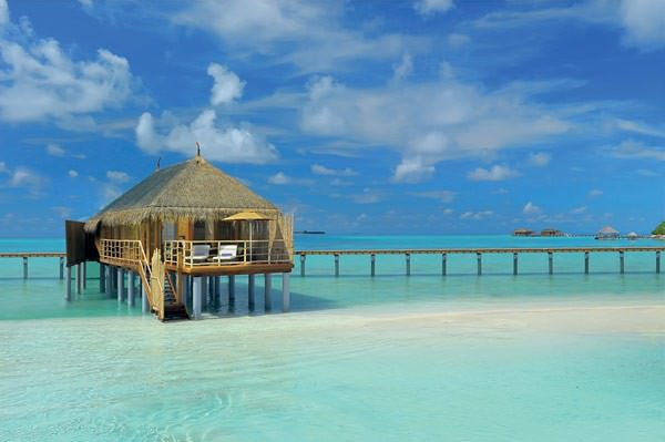 5-star-Constance-Moofushi-Resort-in-Maldives-2