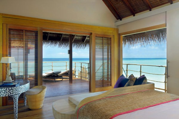 5-star-Constance-Moofushi-Resort-in-Maldives-4