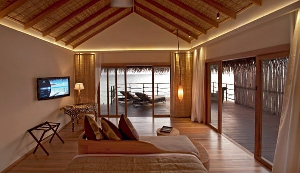 5-star-Constance-Moofushi-Resort-in-Maldives-5
