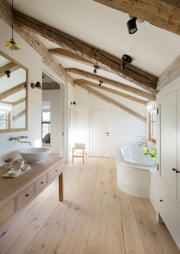 Bright-and-rustic-attic-bathroom