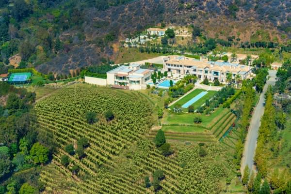 but-youll-need-all-that-storage-space-since-the-palazzo-di-amore-has-its-own-private-label-vineyard-which-produces-around-400-cases-a-year