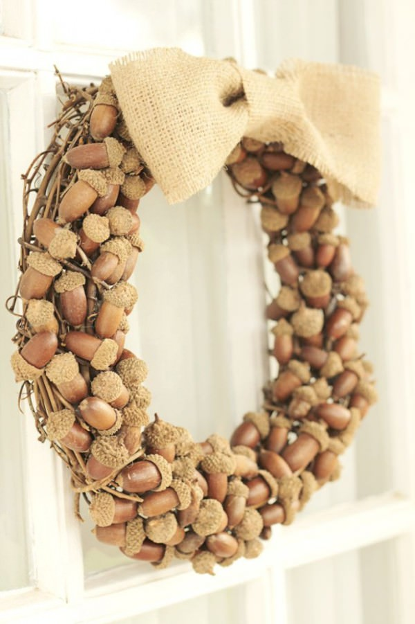 Fall-Acorn-Wreath-DIY