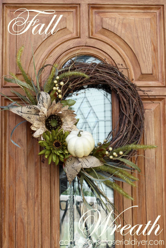 Grapevine-wreath-decorated-with-a-small-pumpkin