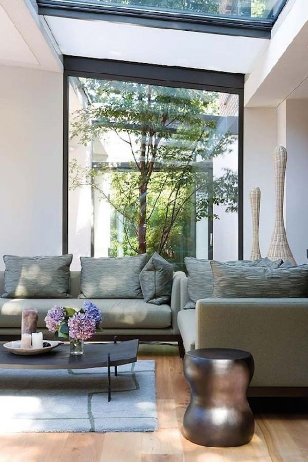 Living-room-that-looks-in-on-a-gorgeous-green-courtyard