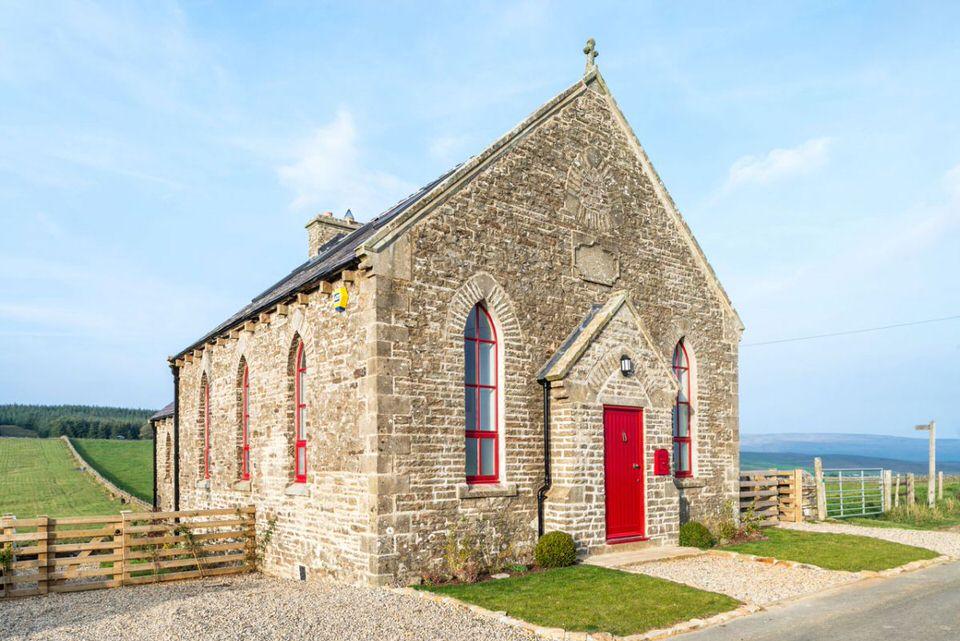 biserica convertita in casa 2