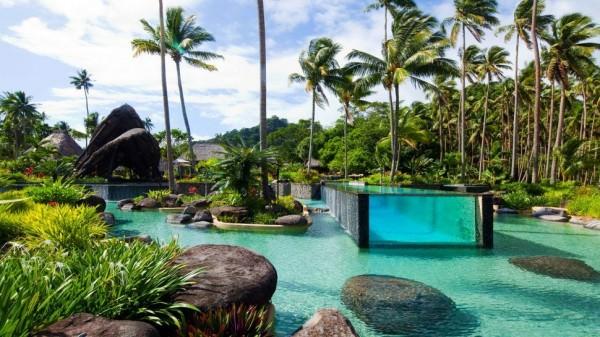 piscine transparente 19