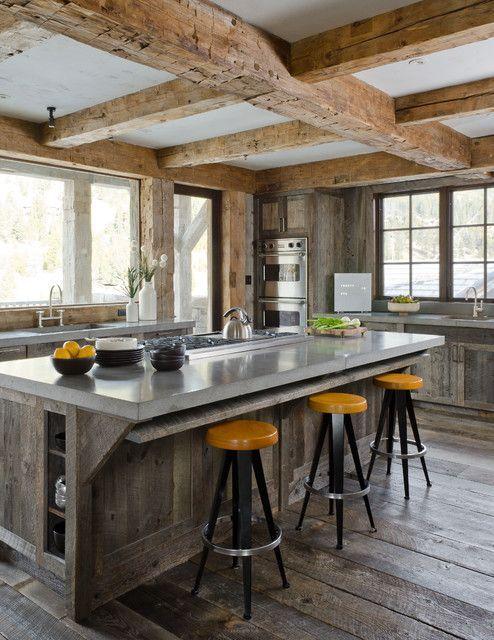 grinzi de lemn in bucatarie 7