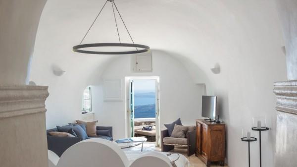 Vasilicos Hotel in Santorini 13