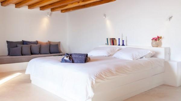 Vasilicos Hotel in Santorini 17