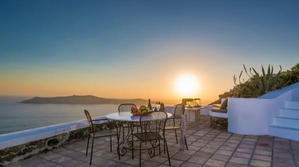 Vasilicos Hotel in Santorini 4