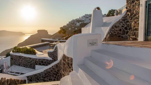 Vasilicos Hotel in Santorini 7