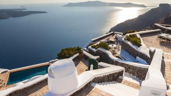 Vasilicos Hotel in Santorini 9