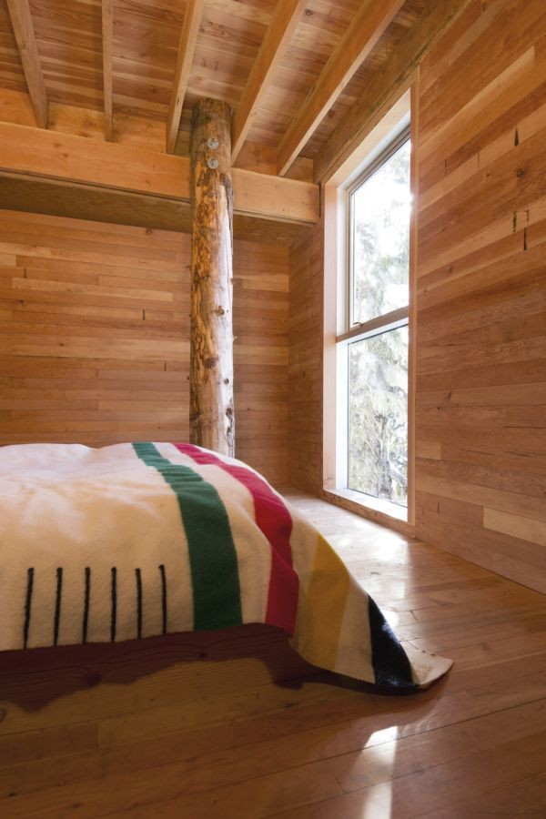 Scott and Scott Architects Alpine Cabin Bedroom