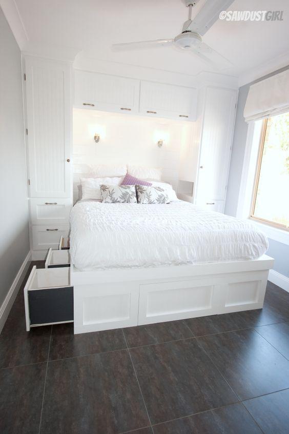 paturi cu spatiu de depozitare 24