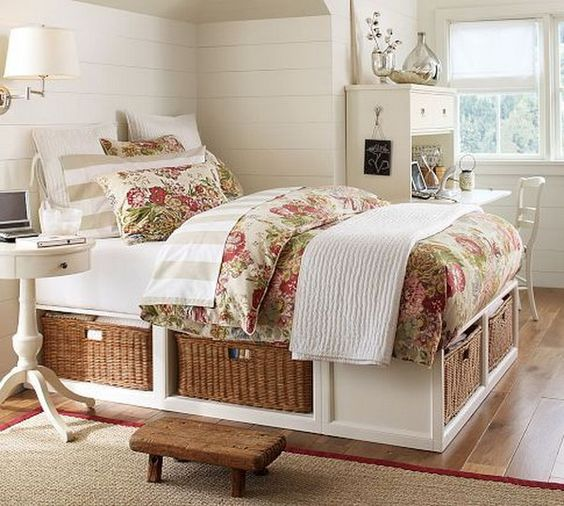 paturi cu spatiu de depozitare 9