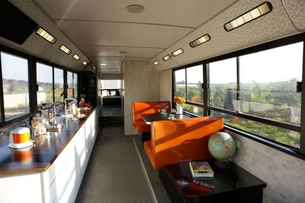 autobuz transformat in casa mobila 7