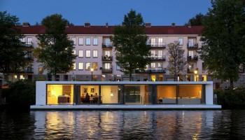 casa plutitoare 1