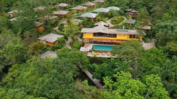 resort de lux in costa rica