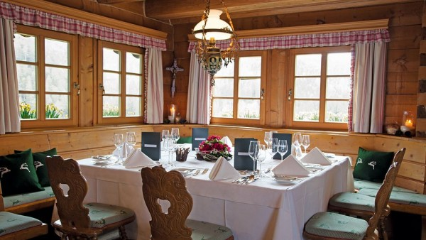 hotel traube tonbach locul perfect pentru o vacanta la schi fresh home. Black Bedroom Furniture Sets. Home Design Ideas
