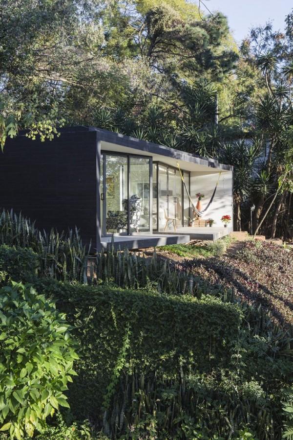 casa de vacanta in padure 11
