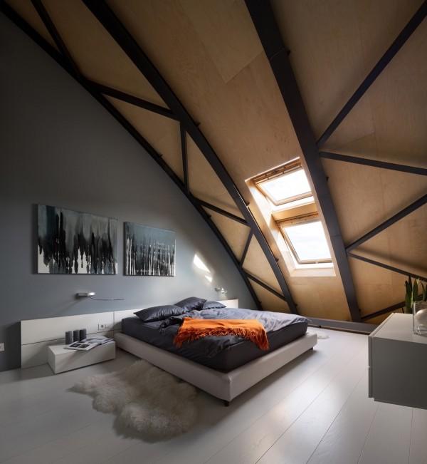 dormitoare amenajate la mansarda 7