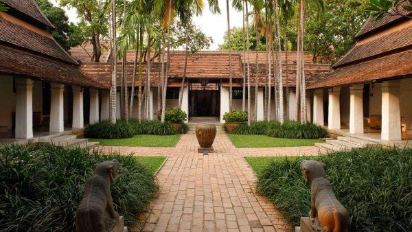 rachamankha-hotel-de-lux-in-thailanda