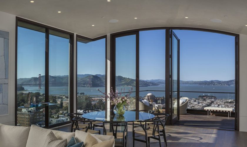 it-makes-the-most-of-its-wide-view-with-floor-to-ceiling-windows-throughout-the-house