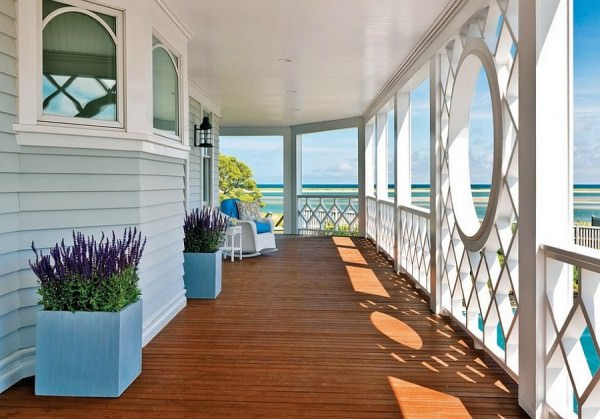 Beach-style-blue-and-white-porch-brings-home-summer-charm