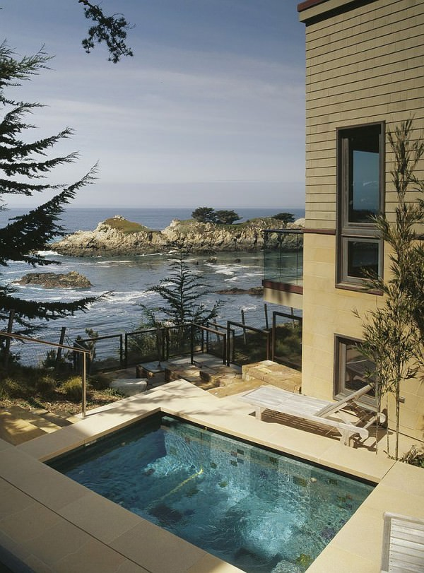 Beach-style-small-pool-with-a-view-to-match