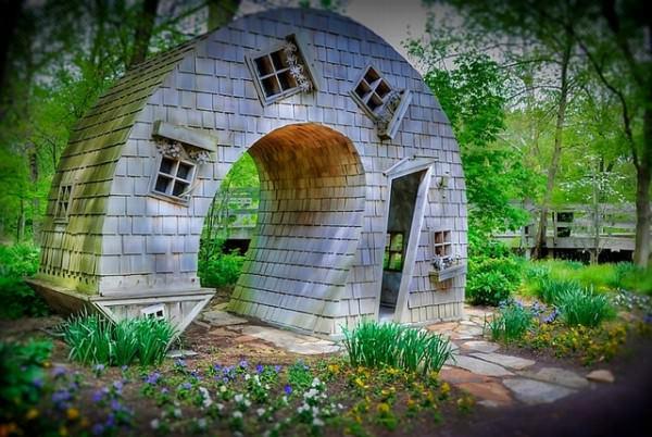 Constructii cu arhitecturi ciudate (3)