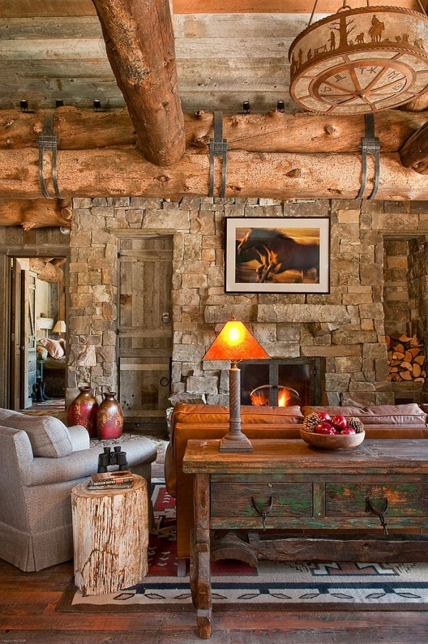 Cozy-living-area-of-the-exquisite-cabin-in-Big-Sky-Montana
