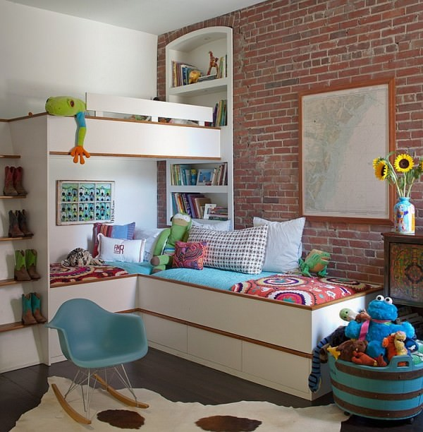 Creative-corner-bunk-bed-in-the-kids-room-saves-up-on-ample-space
