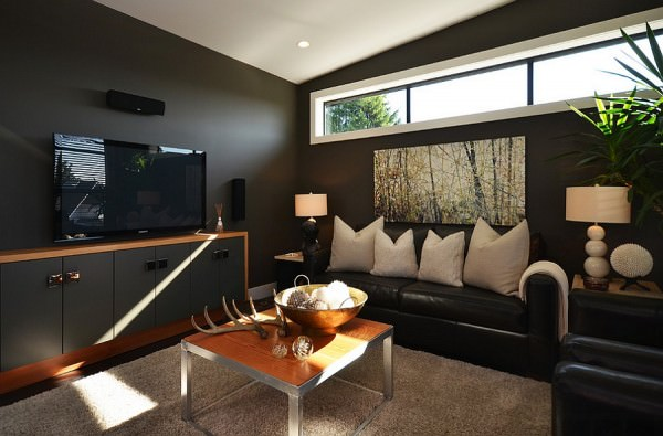 Dashing-use-of-black-in-the-living-room