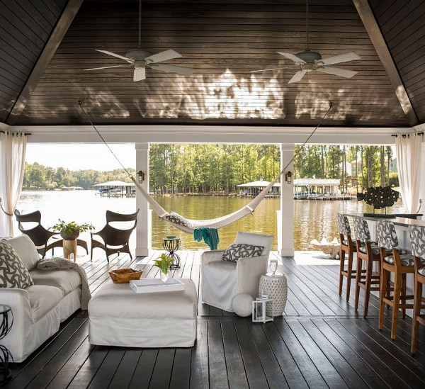 Dream-waterfront-retreat-offers-a-soothing-hangout