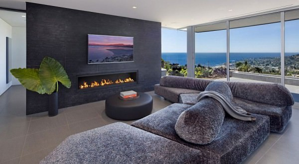 Exquisite-living-area-with-a-view-of-Laguna-Beach