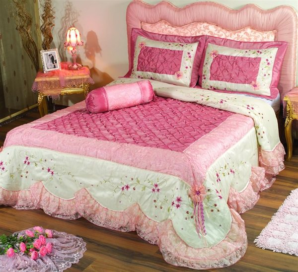 Fresh-Cute-Pink-Bedroom-Ideas-1