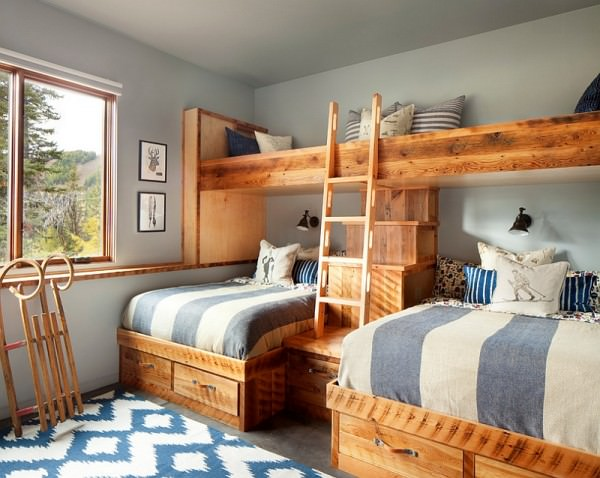Hint-of-blue-and-silvery-gray-enliven-the-rustic-bedroom
