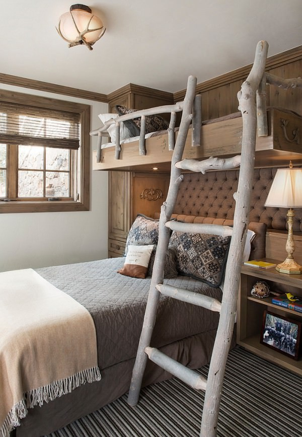 Ladder-and-railing-on-the-bunk-bed-give-the-bedroom-a-cool-touch