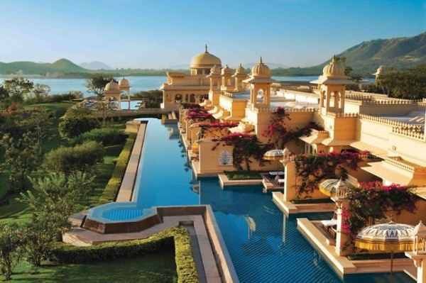 Lake Pichola in Udaipur, India